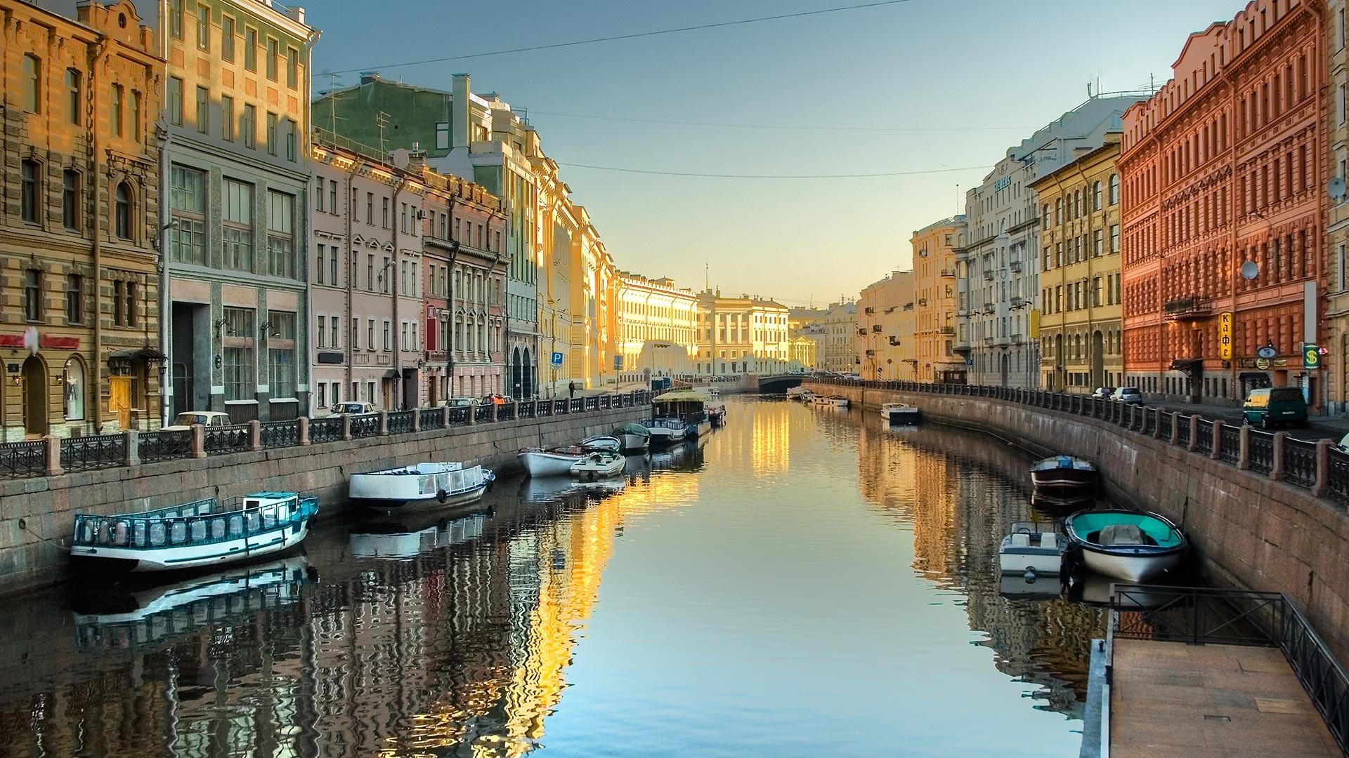 Moyka rivier in Sint-Petersburg
