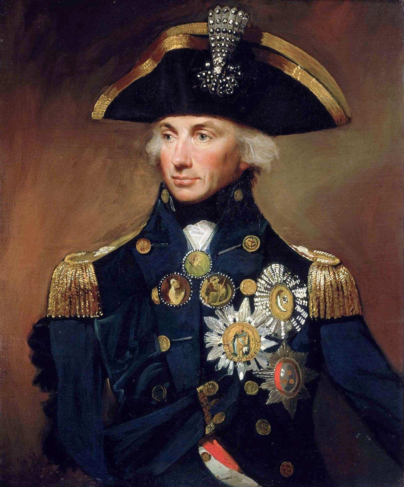 大元帥の軍服を着るスヴォーロフ