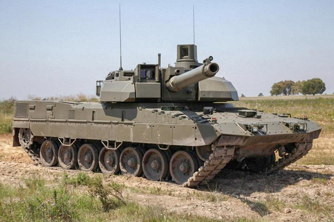 European Main Battle Tank (EMBT). Industrial showcase combining the Leopard 2s hull and Leclercs turret; related to the MGCS effort yet not representative of its final design.