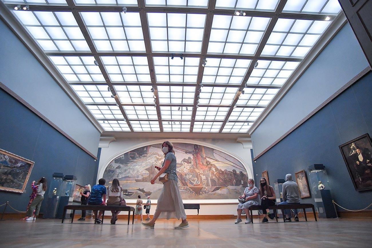 Gli interni della galleria