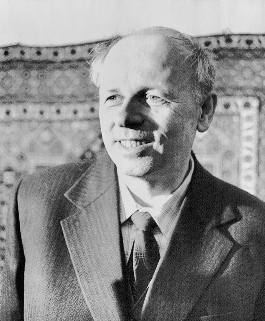 В 1975 году Андрей Сахаров получил Нобелевскую премию мира.