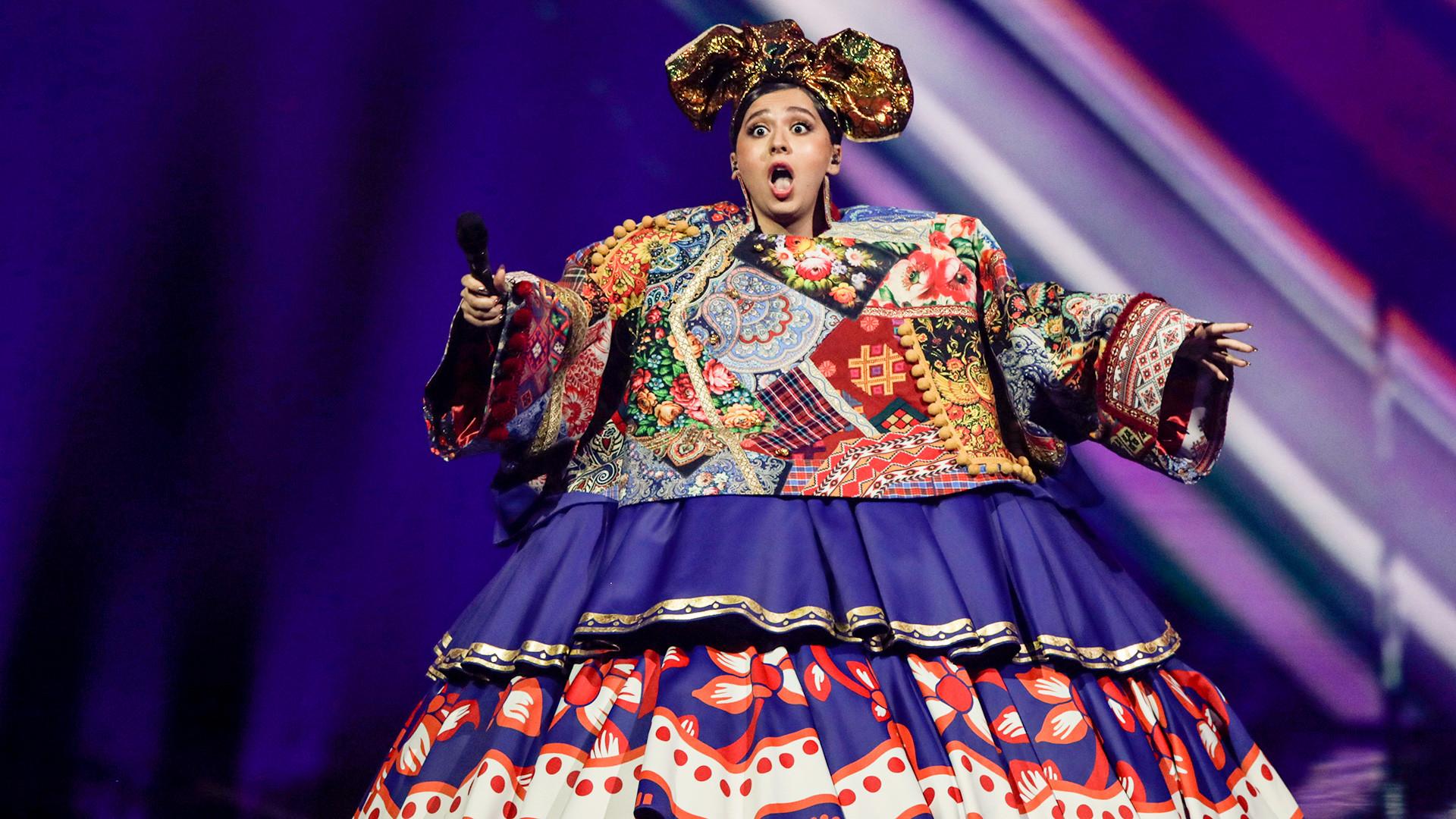 Maniža iz Rusije nastupa u prvoj polufinalnoj večeri Eurosonga u Ahoy Areni u Rotterdamu, 18. svibnja 2021.