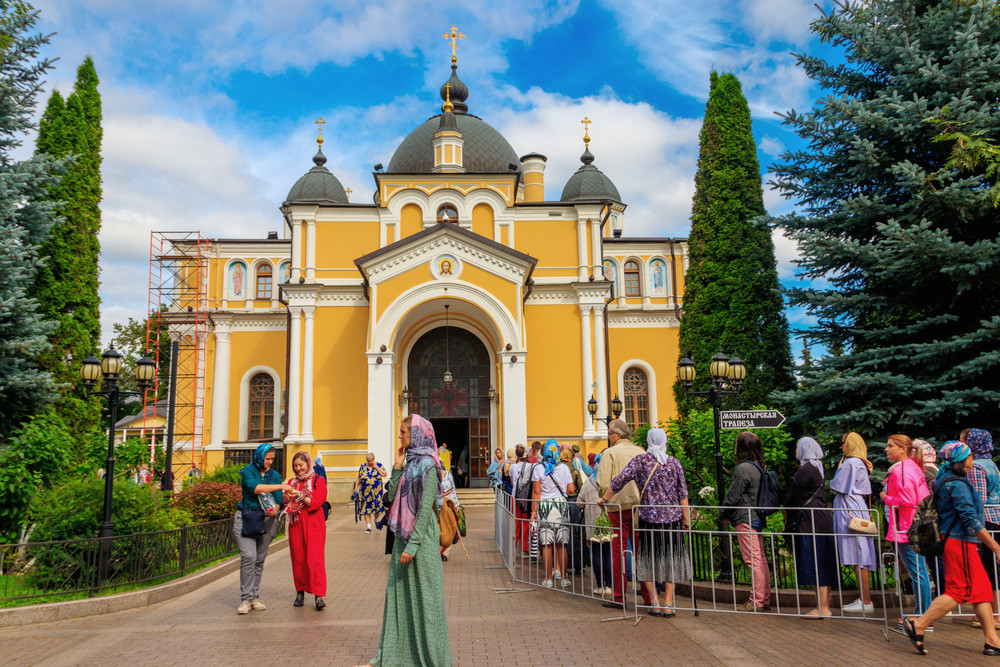 The church at Pokrovsky Monastery, Moscow