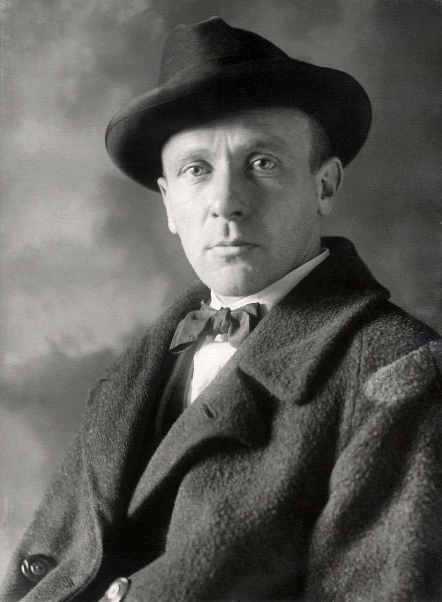 À peine la moitié des œuvres de Boulgakov ont été publiées de son vivant.