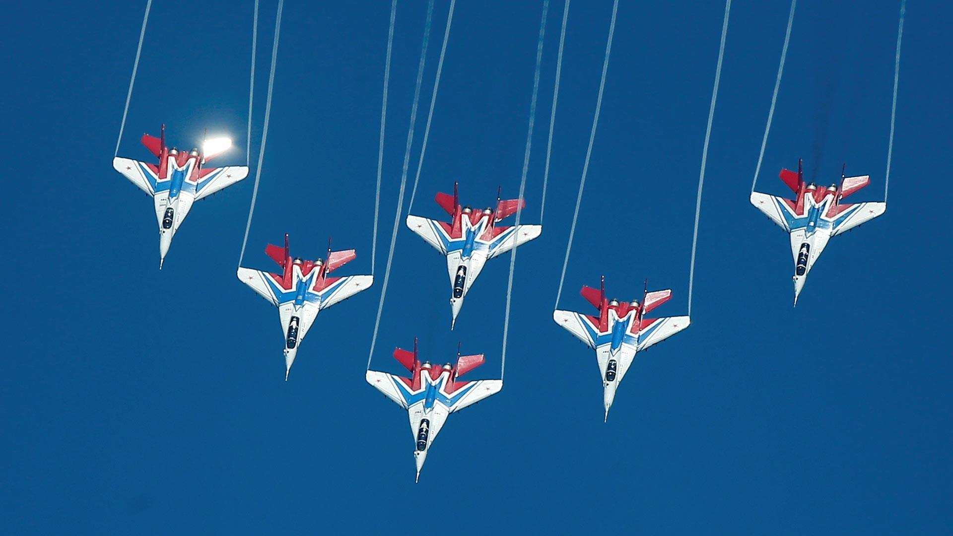 Le groupe de voltige aérienne Striji