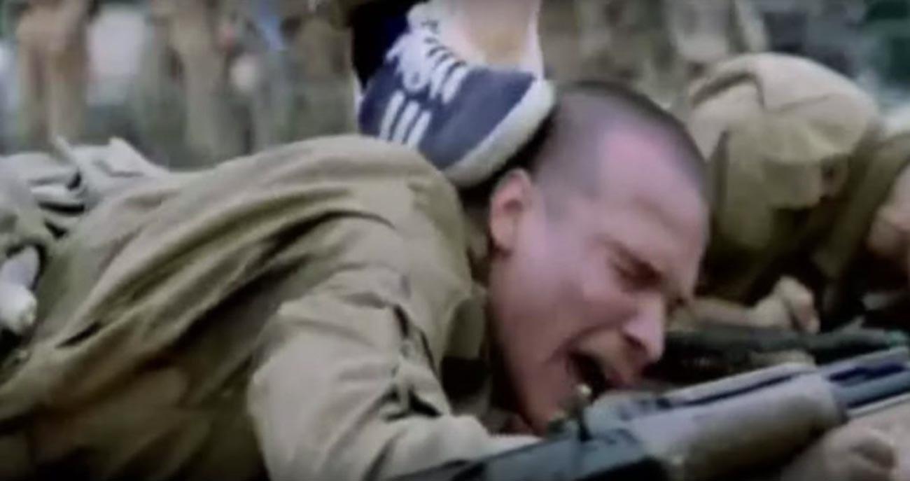 """Кадар из филма """"9. чета"""" (""""9. рота"""")."""