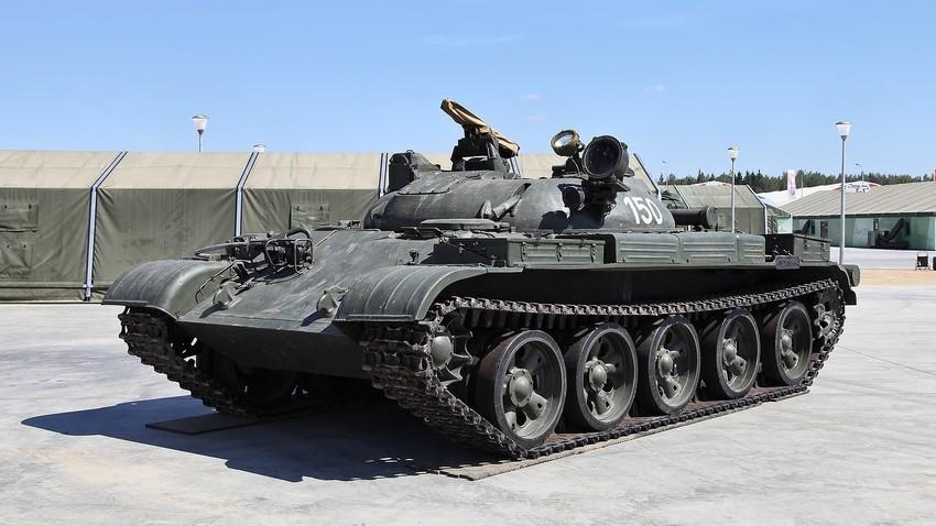 Ракетен тенк ИТ-1.