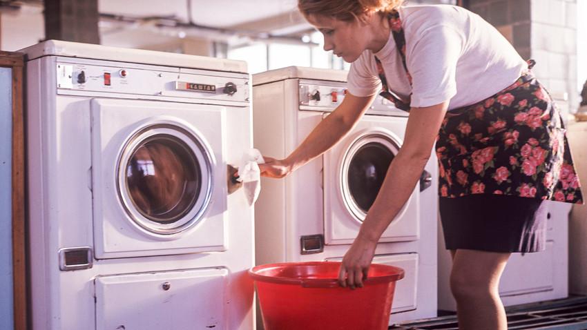 En la lavandería Chaika de Moscú.