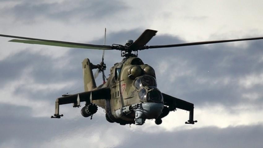 Борбен јуришен хеликоптер Ми-24П.