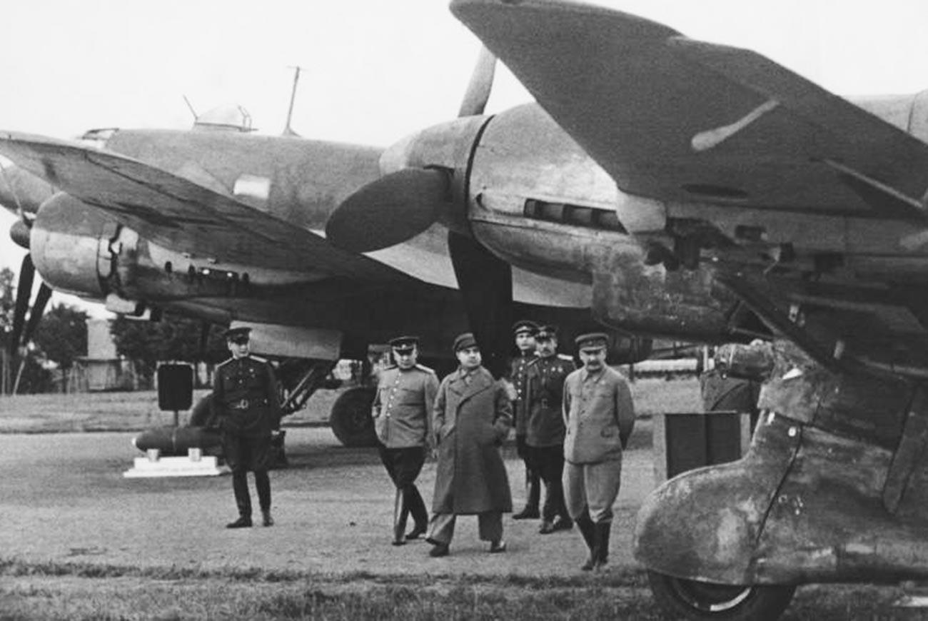 Сталин за всю свою жизнь летал на самолетах лишь дважды.