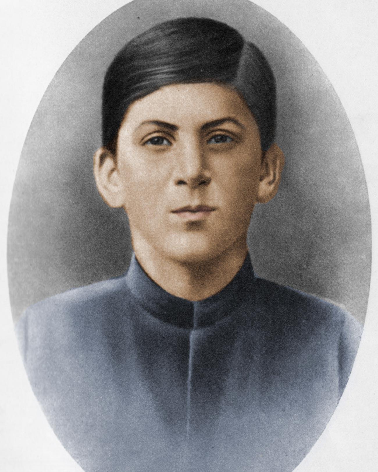 Портрет Сталина в 1894-м.
