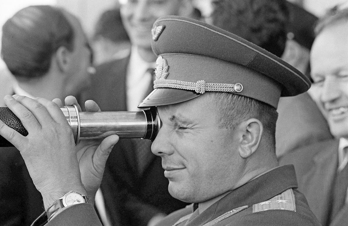 ユーリー・ガガーリン、1963年