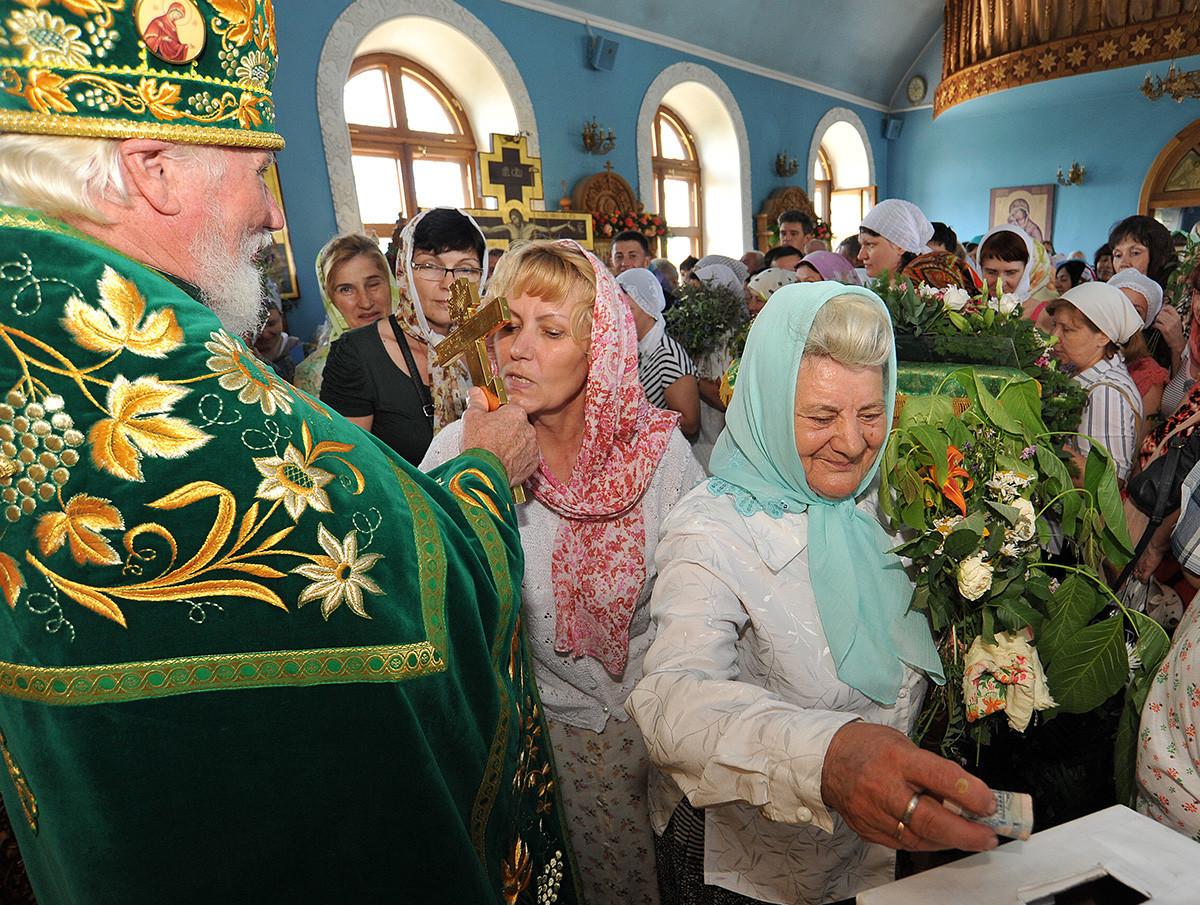 Interior da Igreja da Santíssima Trindade no Convento de Santo Iverski, Rostov-no-Don