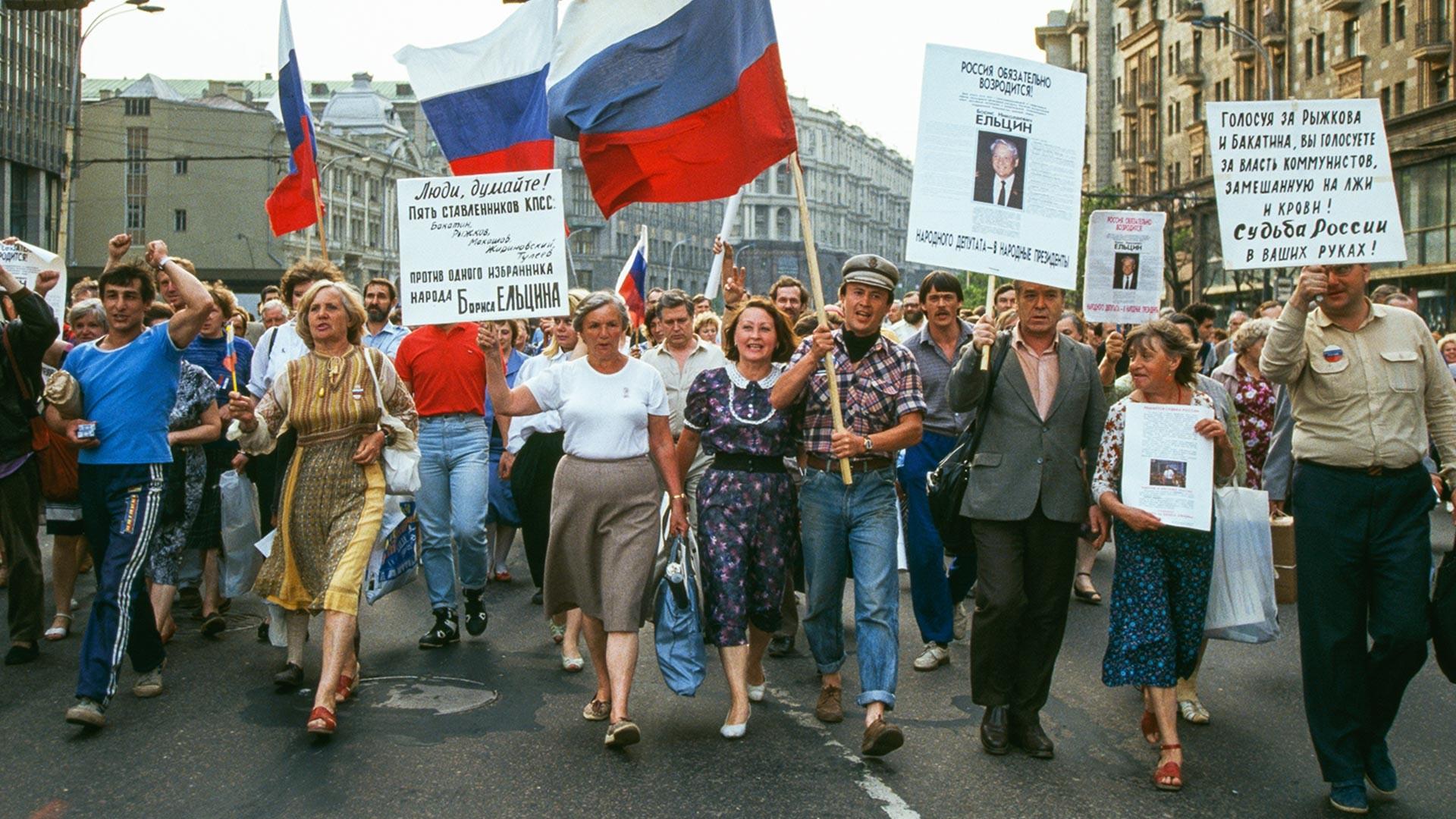 Manifestación en apoyo a Borís Yeltsin.