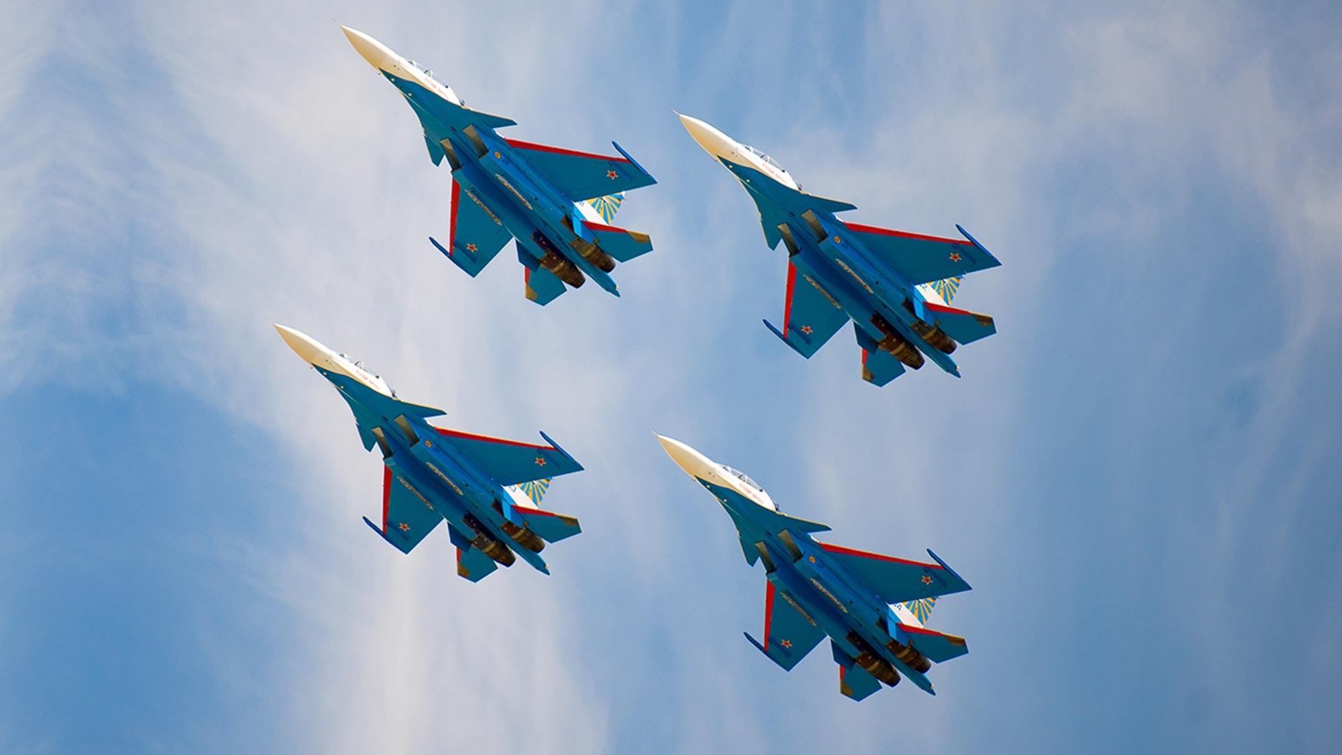 """""""Руски витезови"""" на Су-30СМ."""