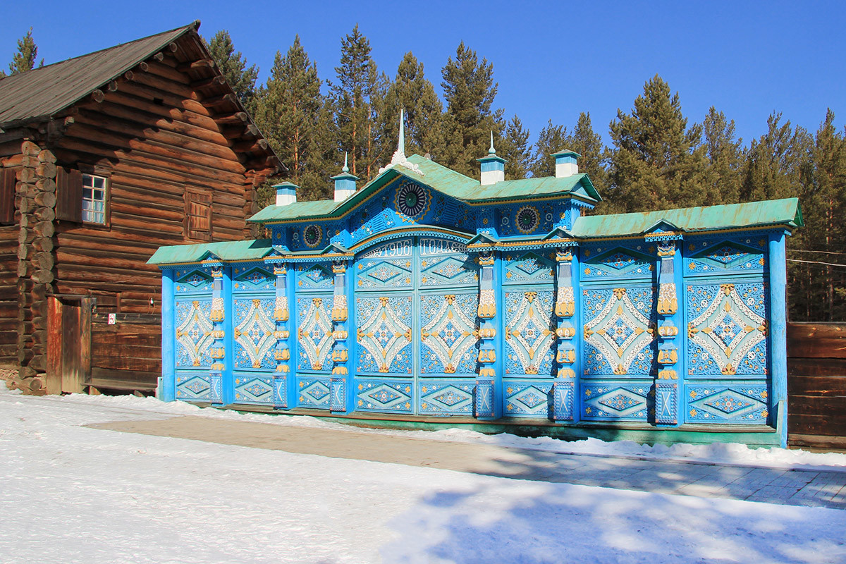 バイカル民俗博物館の入り口