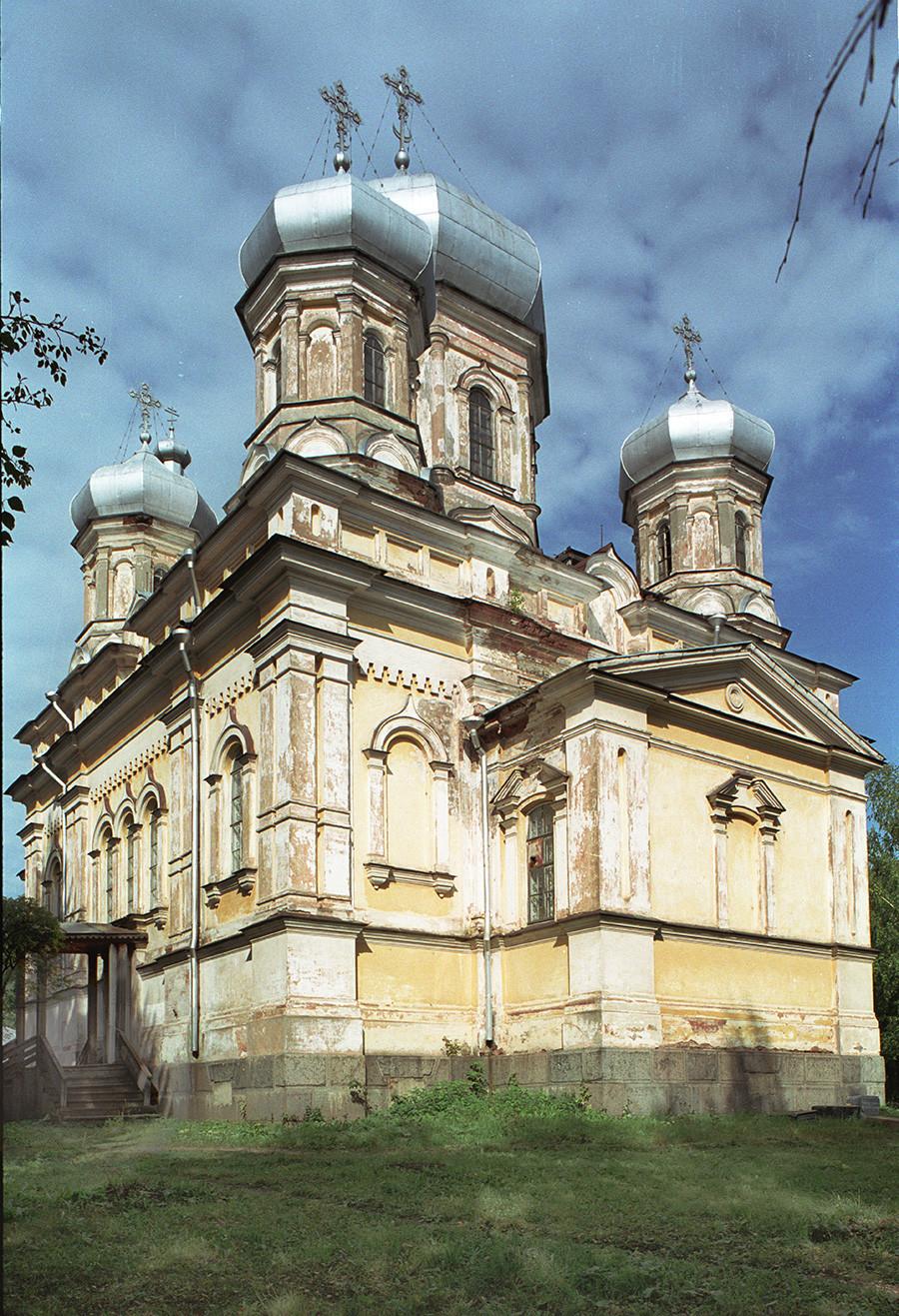Cerkev Očiščenja (1869-1873), pogled na jugovzhod. 28. avgust 2006