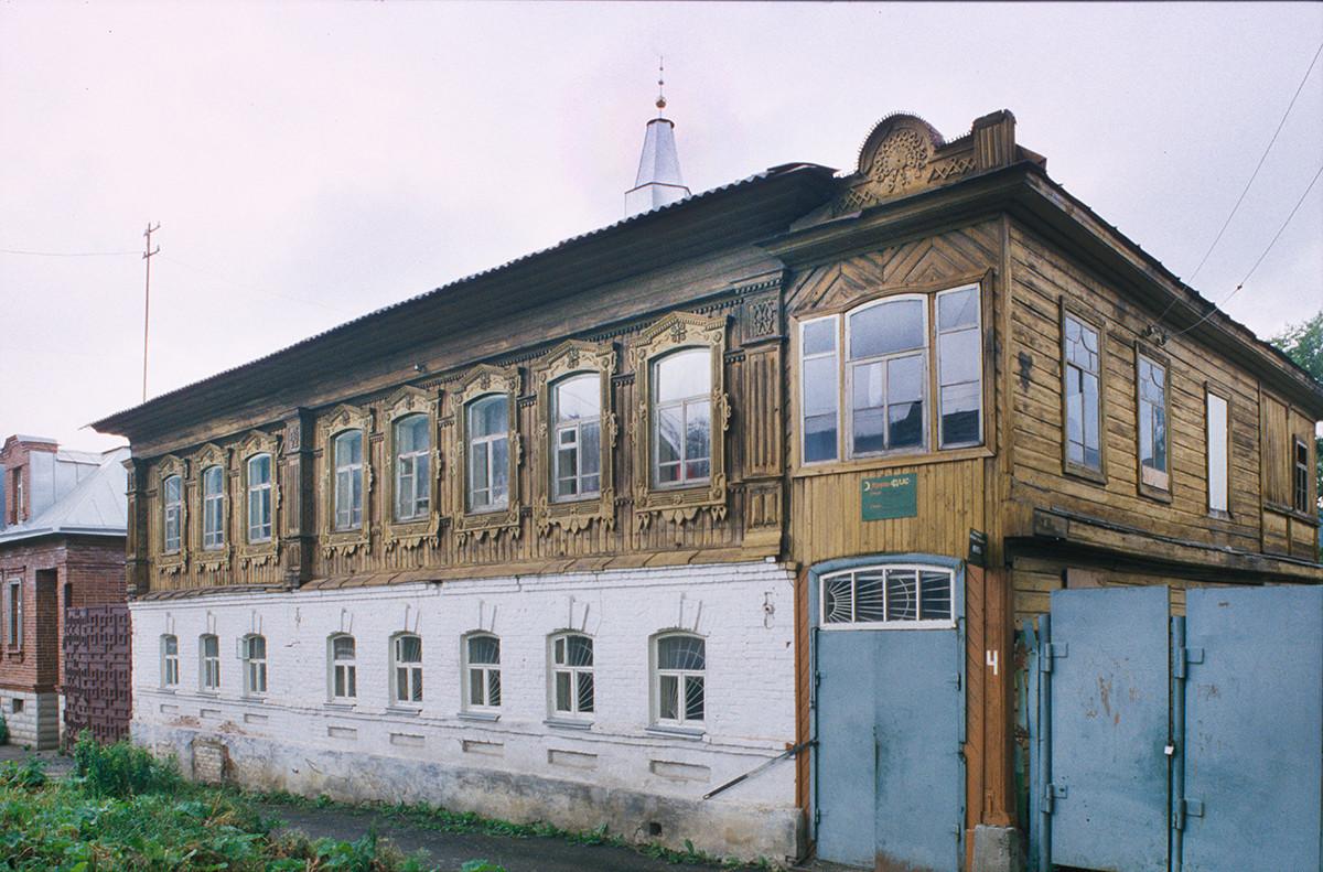Mezquita 'Ihlas', calle Anikiev nº 4. 16 de julio de 2003.