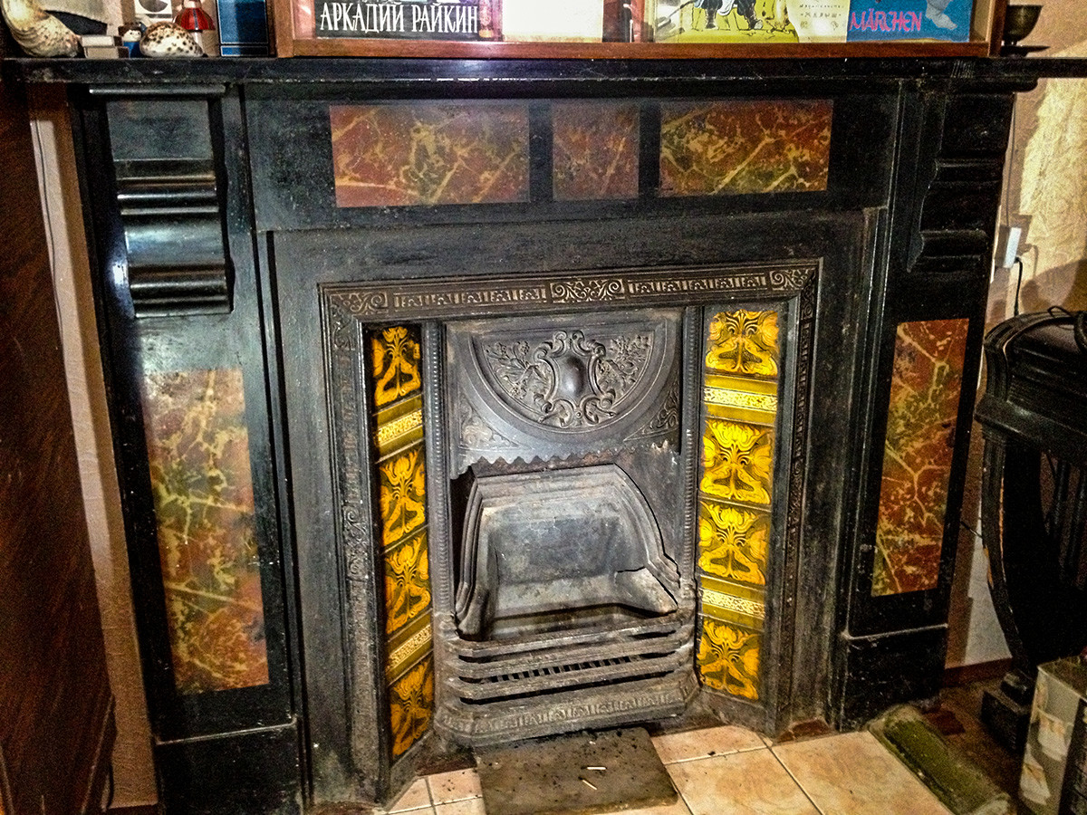 Fireplace in Apartment house 'Russia'