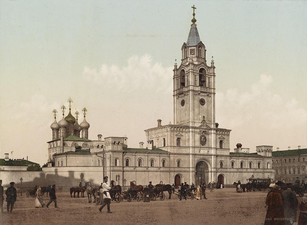 El monasterio de Strastnoi, tarjeta postal de finales de la década de 1890