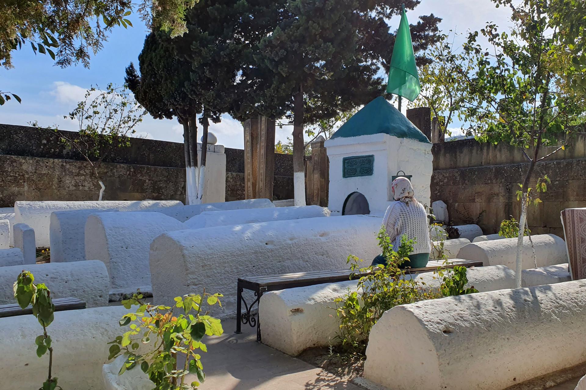 Kyrkhlyar muncul di Kota Derbent beberapa abad silam.