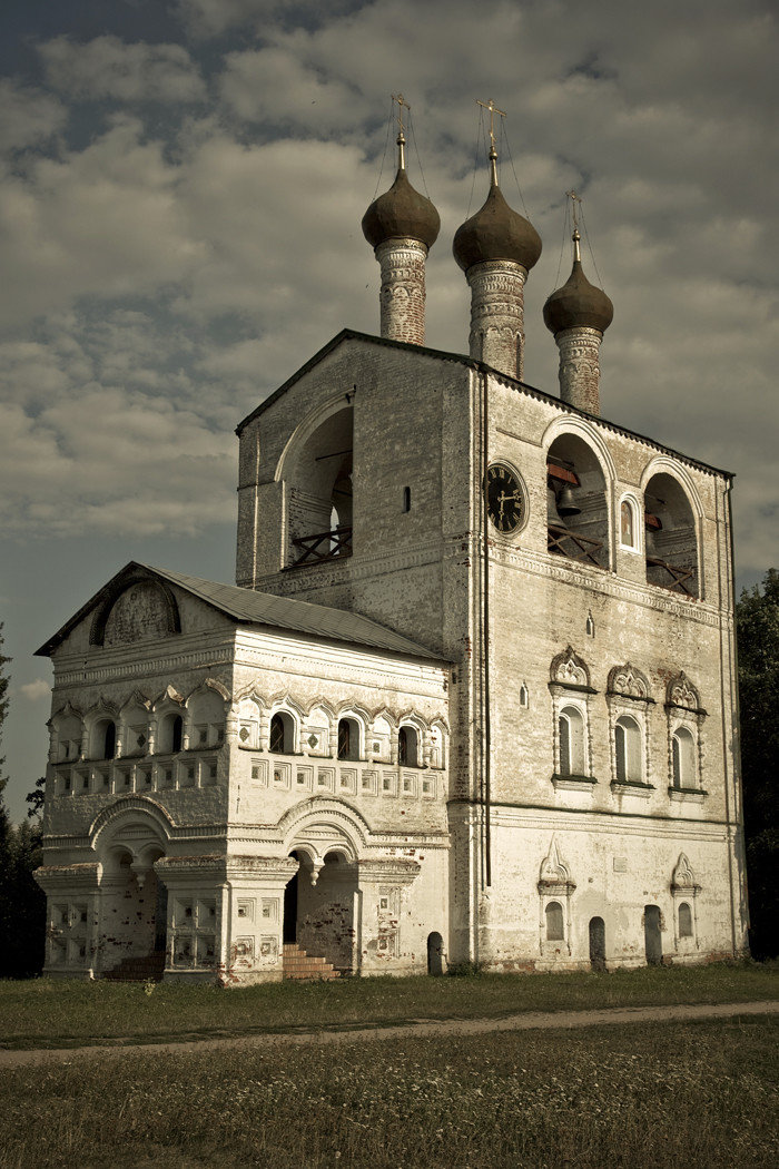 Le monastère était apprécié des princes de Moscou et des premiers tsars russes, qui le considéraient comme leur « maison ».