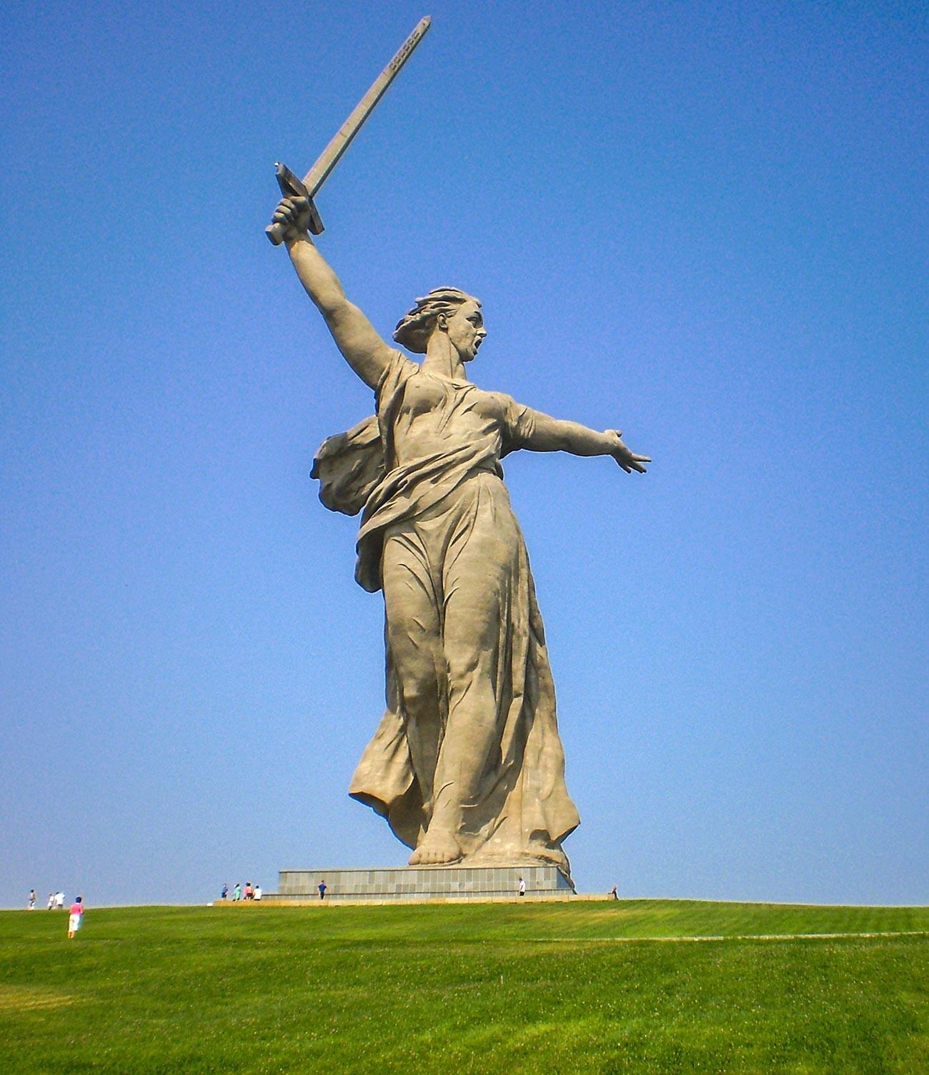 Die Mutter-Heimat-Statue in Wolgograd (ehemals Stalingrad)