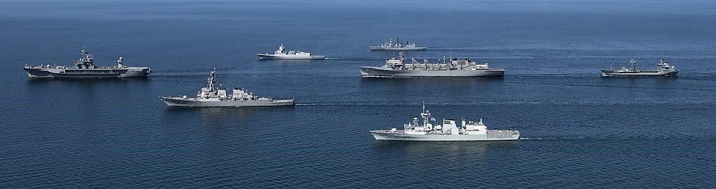 Formación de buques participantes en la BALTOPS de 2020.