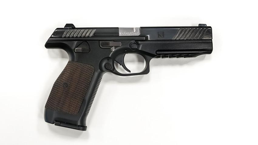 """Пиштолот """"Лебедев"""" е најновиот модел на компактно стрелечко оружје на концернот """"Калашников""""."""