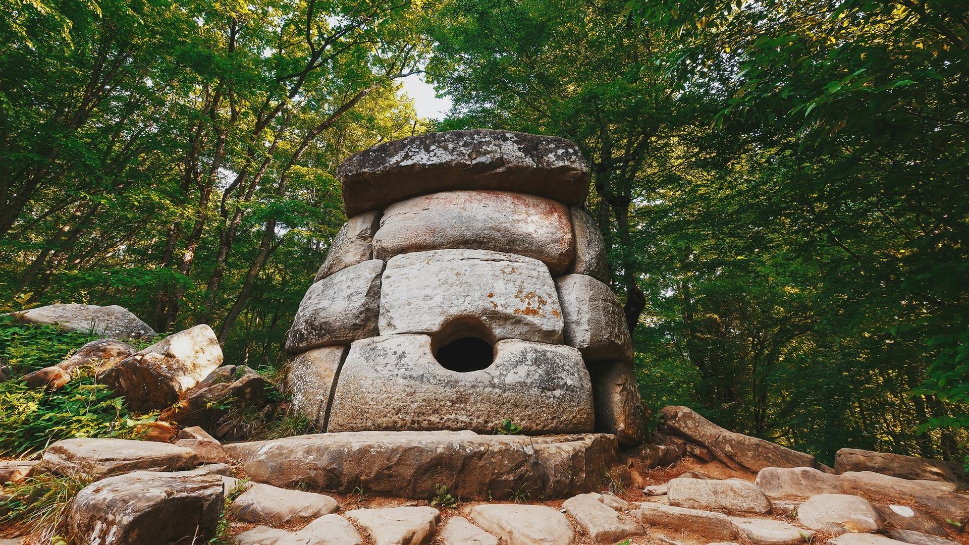 Un dolmen dans la région de Krasnodar