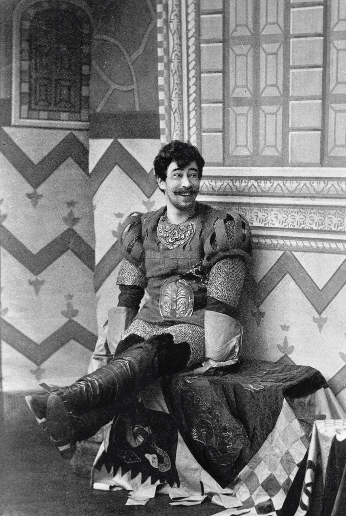 """Konstantin Stanislawski als Benedick in """"Viel Lärm um nichts"""" im Jahr 1897."""