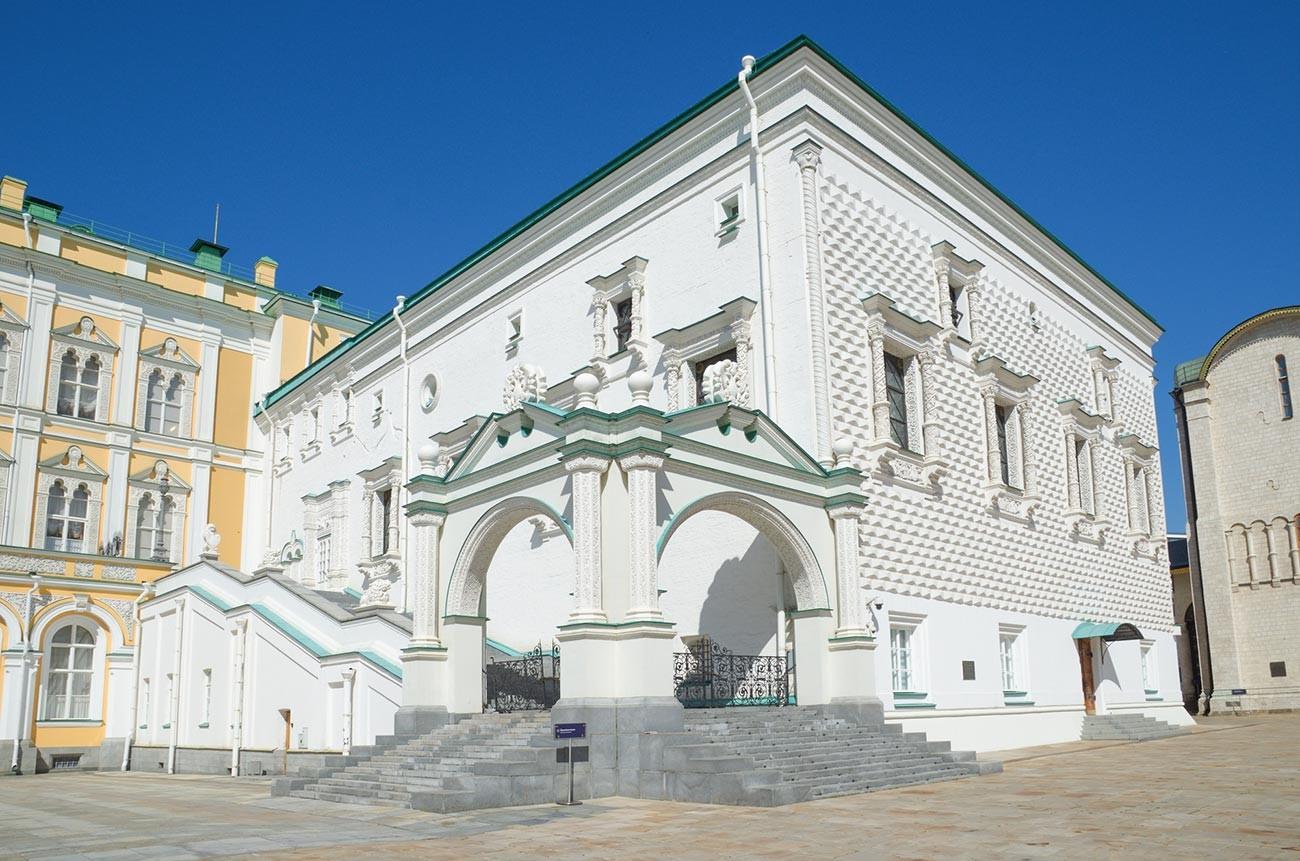 Granovitaya Palata.