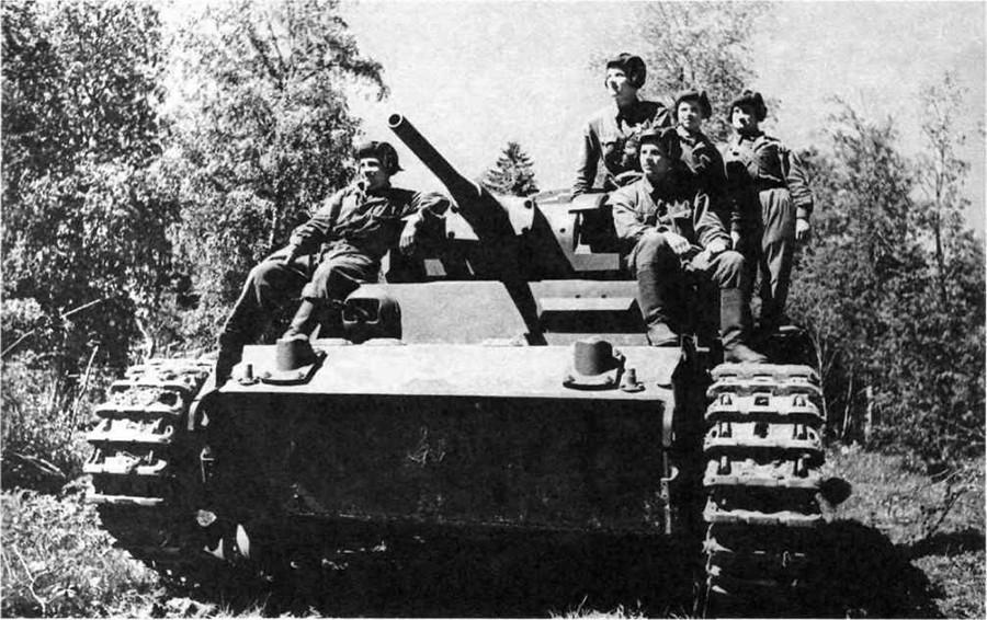 Германски тенк од средна големина Panzerkampfwagen III во служба на советската армија.
