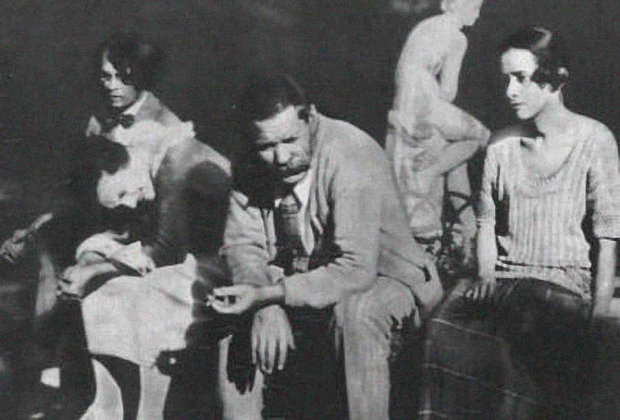 Vladislav Khodassevitch, Moura Budberg, Maxime Gorki et Nina Berberova en Italie en 1924