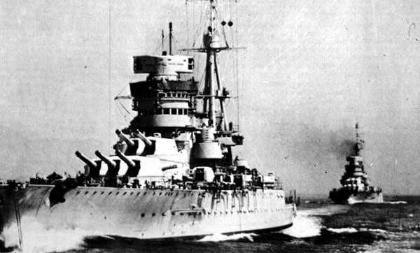 El Giulio Cesare en alta mar.