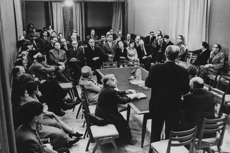 Una riunione degli scrittori di Mosca