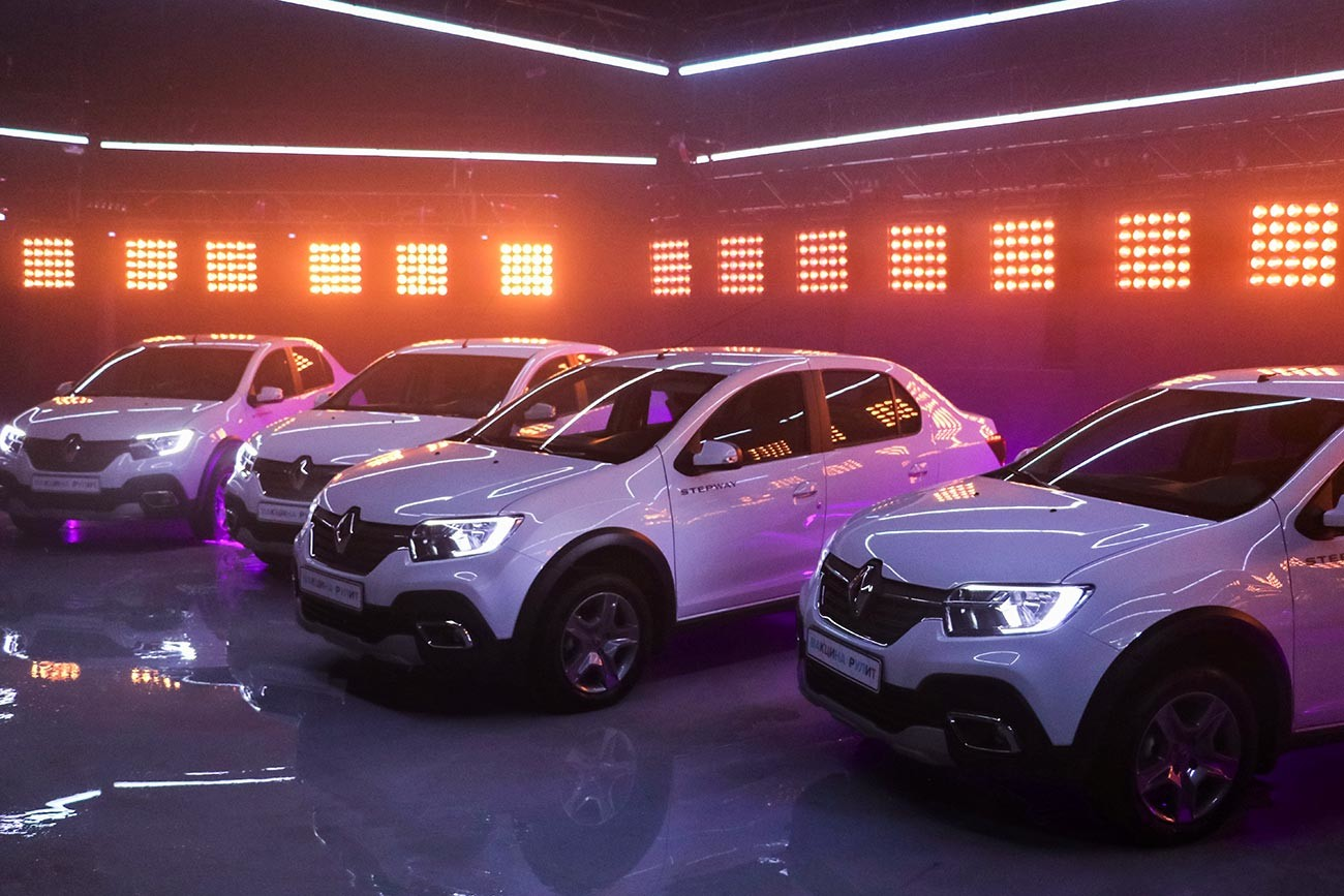 モスクワ市政府はルノーの自動車が当たる懸賞を行っている。