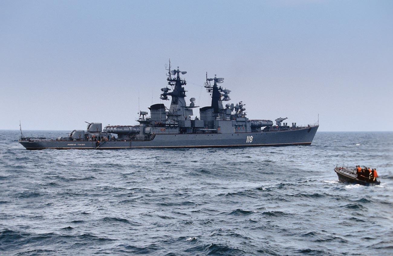 """Ракетна фрегата """"Адмирал Головко""""."""