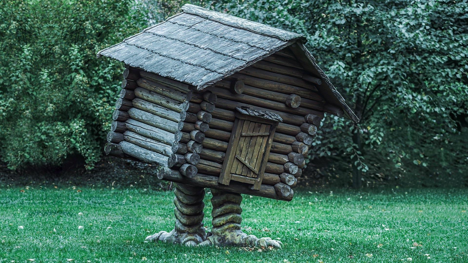 """Sebuah """"gubuk di atas kaki ayam"""" dalam cerita rakyat Rusia — rumah seorang penyihir tua bernama  Baba Yaga. Perhatikan kesamaan antara gubuk ini dan makam di atas tanah."""