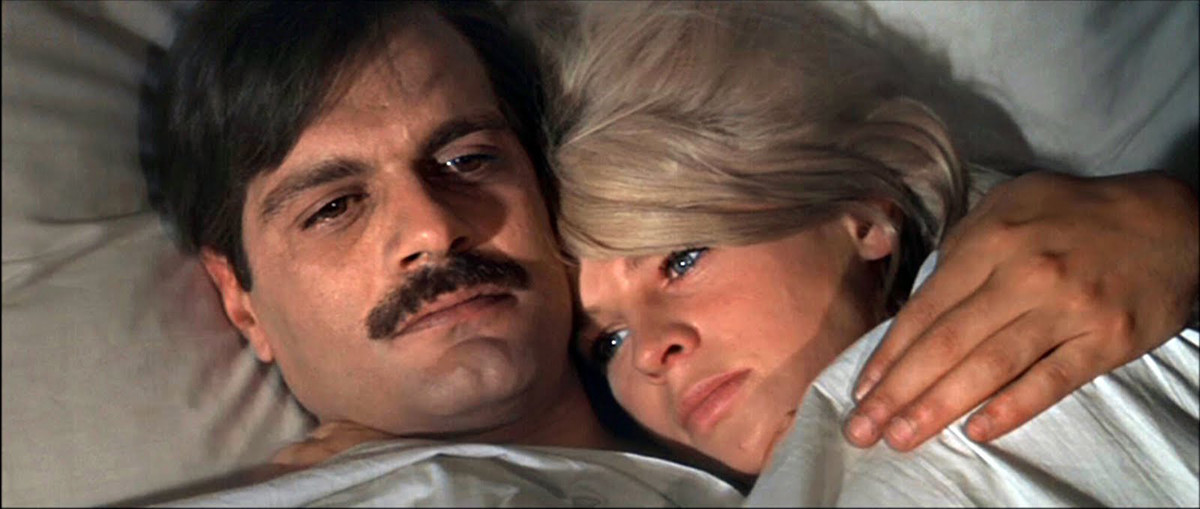 Iúri (Omar Sharif) e Lara (Julie Christie), em adaptação da obra para o cinema.