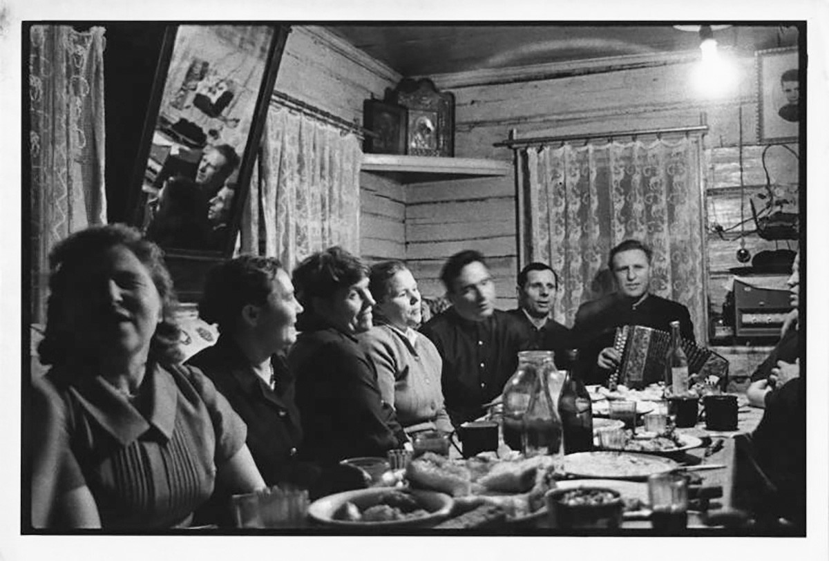 A home party, 1961.
