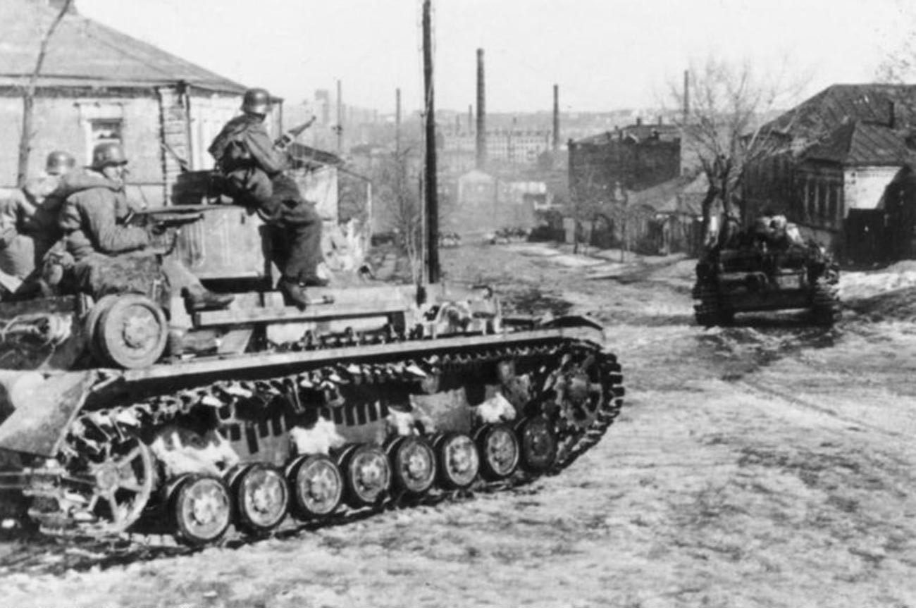 Des troupes allemandes à Kharkov