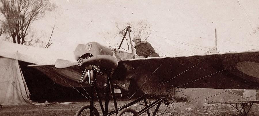 Alexandre Kazakov et son avion