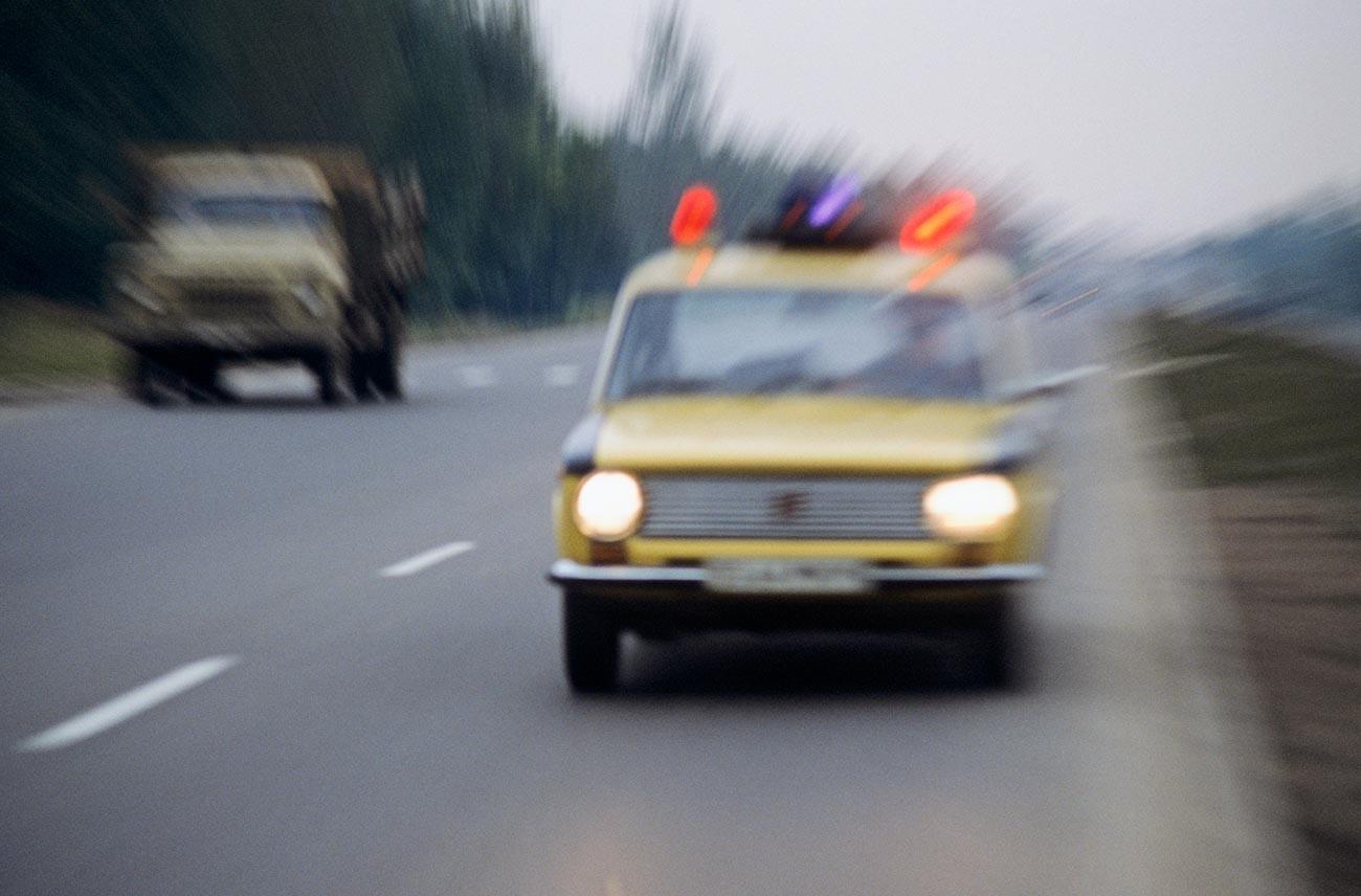 Automobil prometne patrolne službe Gosavtoinspekcije GU MVD SSSR-a (sada je to Glavna uprava za sigurnost putnog prometa MUP-a RF).