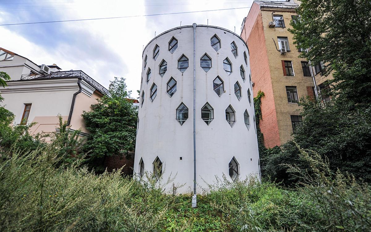 Дом-мастерская Мельникова на Старом Арбате.