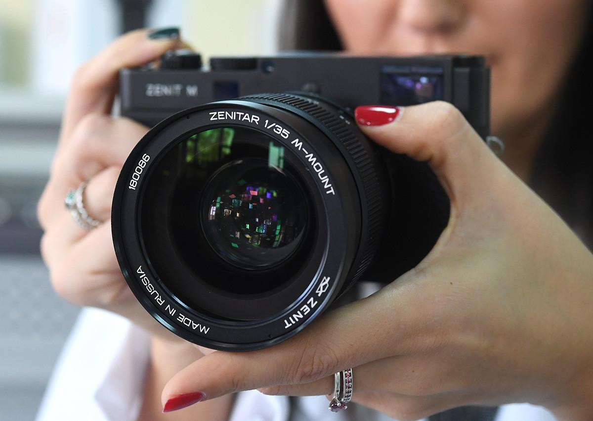 Новый отечественный цифровой фотоаппарат