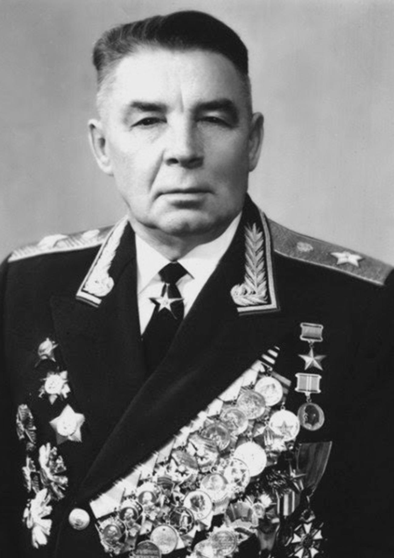 Poveljnik desantno-padalskih enot (1954-1959 in 1961-1979), general Vasilij Filipovič Margelov