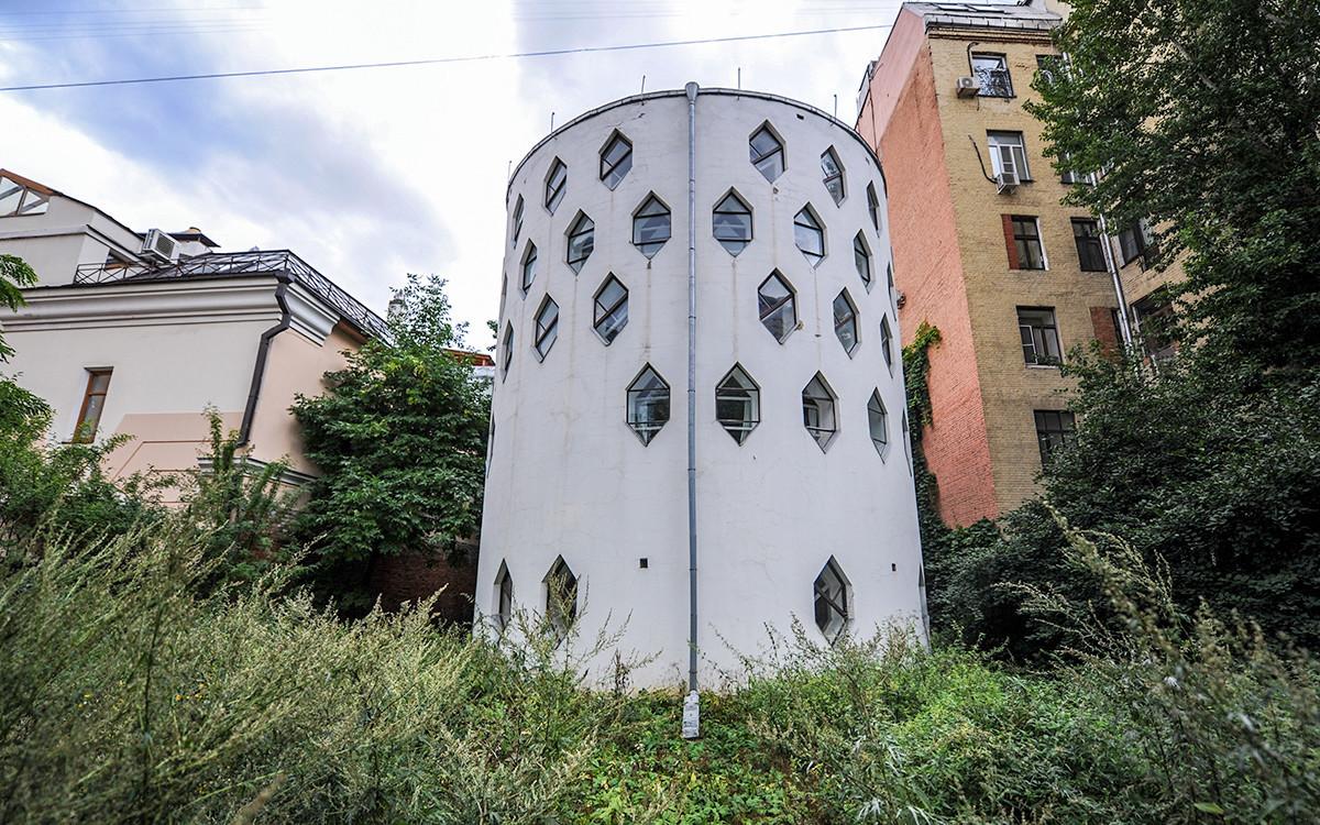 Hiša-atelje Melnikova na Starem Arbatu.