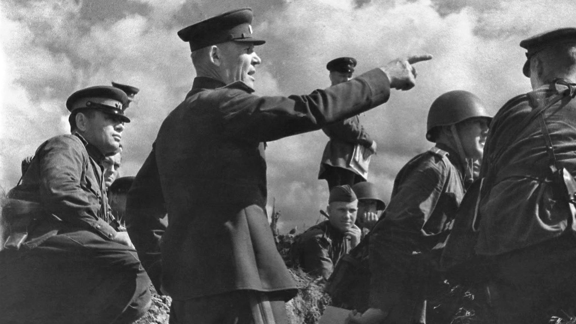 Der Kommandeur der Steppenfront, Generaloberst I.S. Konew während der Operation Belgorod-Charkow.