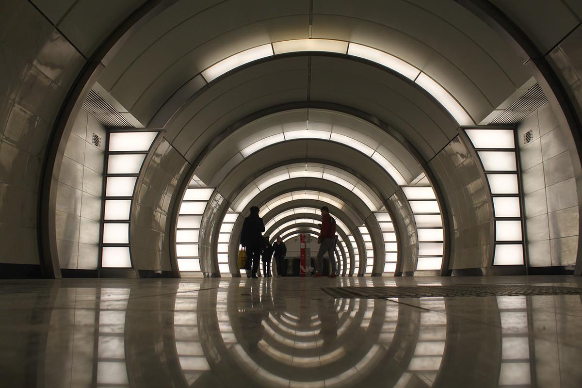 モスクワ地下鉄フォンヴィジンスカヤ駅